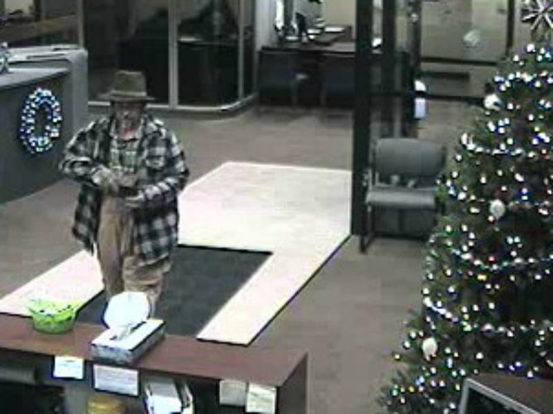 Update Police Release Surveillance Photos Of Bank Robbery