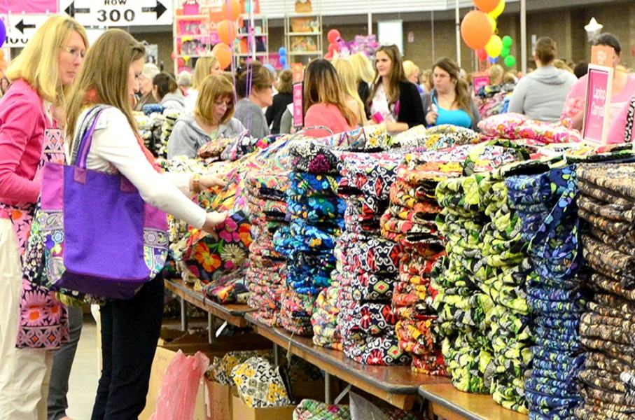 6 Places To Eat After Shopping At The Vera Bradley Outlet Sale Wowo 1190 Am 107 5 Fm