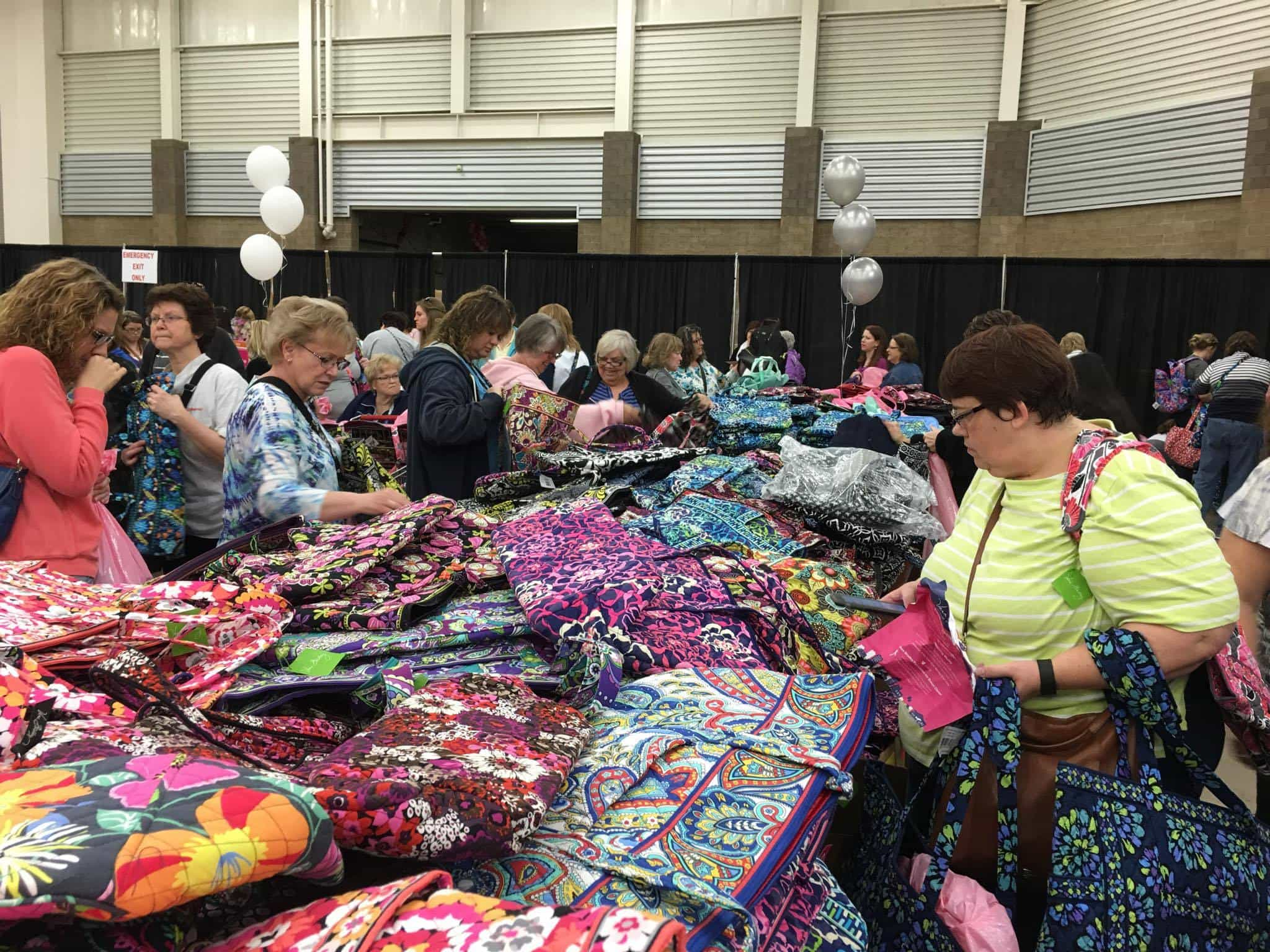 Vera Bradley Annual Sale Colors Bags And People Are Everywhere