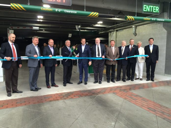 Skyline Garage adds 1,077 parking spaces to downtown Fort ...