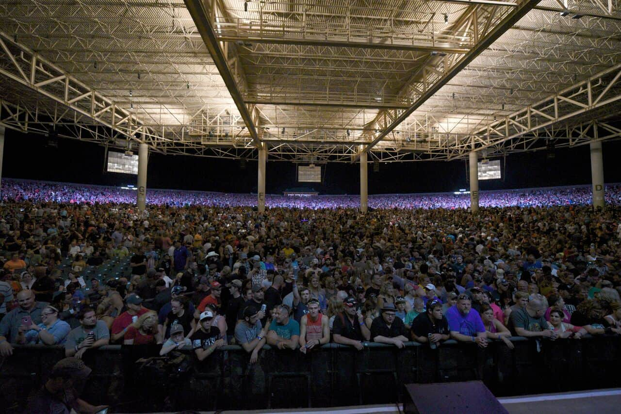 Klipsch Music Center Renamed Ruoff Home Mortgage Music Center Wowo